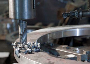 Сверление отверстий в форме цилиндра, а также имеющих много граней или в форме овала